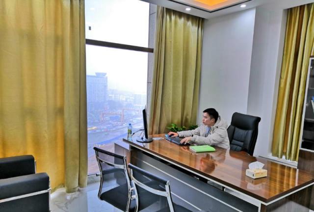 (出租) (清爽格局 人气爆棚)峰创国际57元120平带家具