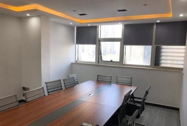 (出租) IFC超大员工区300㎡ 空调自控 精装全带 物业便宜